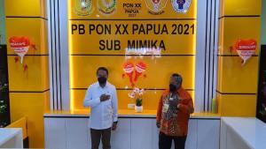 Menpora Zainudin Amali bersama Ketua Harian Sub PB PON, Marthen Paiding-1630336427