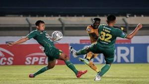 Laga Persebaya vs Bhayangkara FC-1632660857