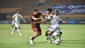 Laga Persebaya vs Borneo FC-1631103900