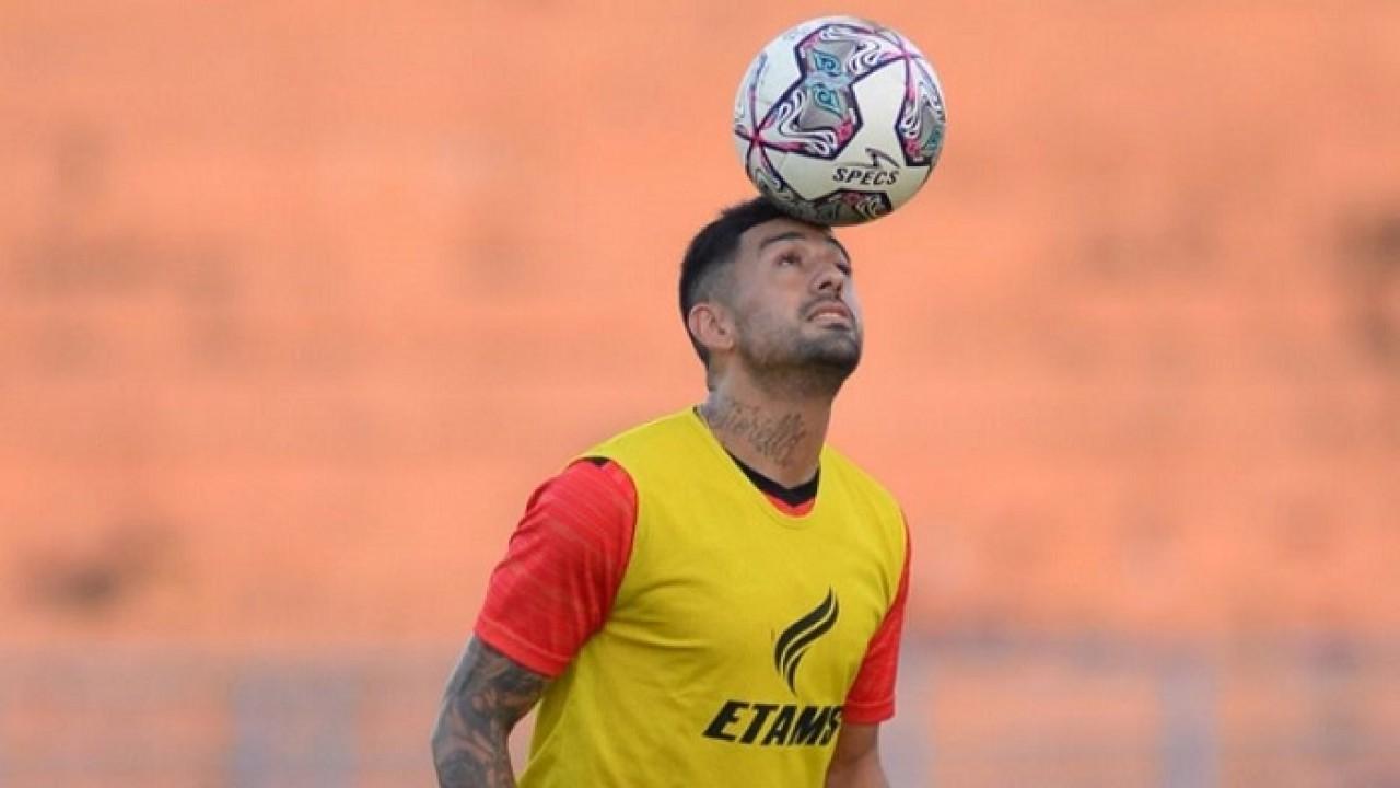 Pemain asing Borneo FC, Jonathan Bustos