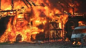 Ilustrasi kebakaran-1633100672
