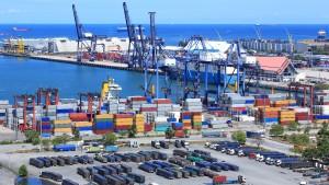 Ilustrasi pelabuhan kontainer-1633190054